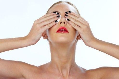 Снять усталости с глаз и убрать напряжение